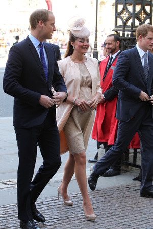 Duchess of Cambridge, 60th anniversary of the Coronation of Queen Elizabeth II at Westminster Abbey, London, Kate Middleton, Jenny Packham dress, Prince William, Prince Harry