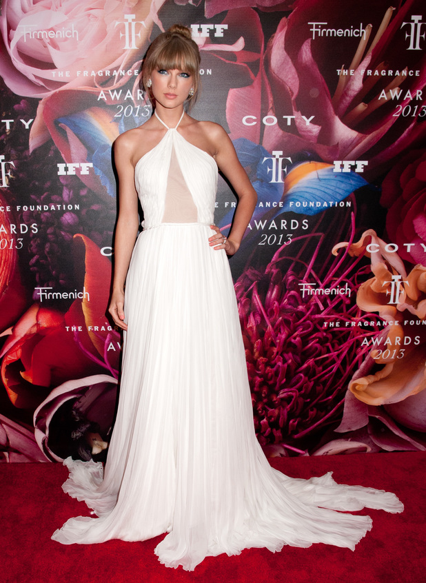 Taylor Swift, Emilio Pucci gown, The Fragrance Foundation's 2013 FiFi Awards