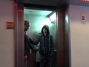 Star Wars 'force' elevator door prank