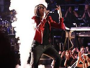'The Voice' Live Finale Part 1: Michelle Chamuel
