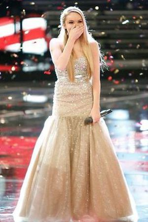 Danielle Bradbery is crowned winner of 'The Voice'