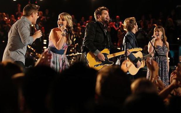 The Swon Brothers with Justin, Amber & Holly during the finale of 'The Voice'