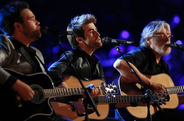 The Swon Brothers perform alongside Bob Seger during the finale of 'The Voice'