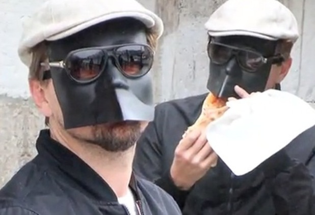 Leonardo DiCaprio, mask, Pizza, Venice, celebrities in disguise