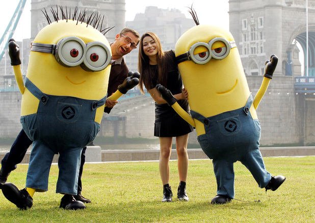 Steve Carell and Miranda Cosgrove