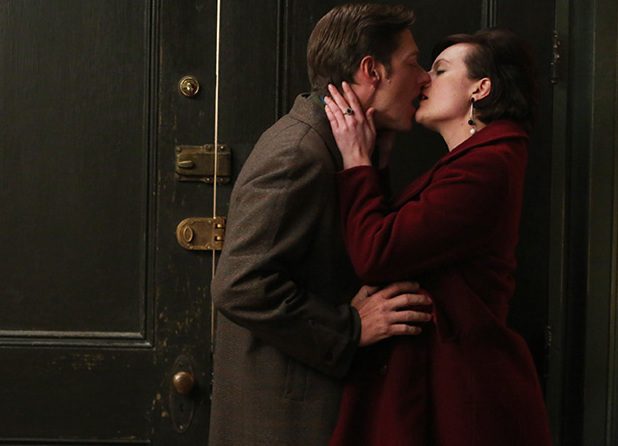 Mad Men S06E13: Ted Chaough (Kevin Rahm) and Peggy Olson (Elisabeth Moss)