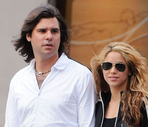 Former couple Shakira and Antonio de la Rua photographed in August 2008