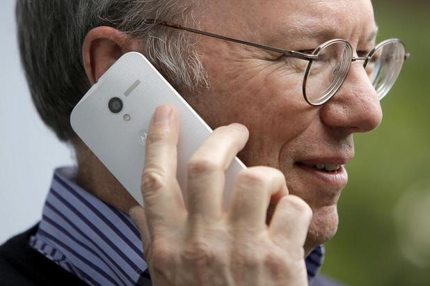 Google chairman Eric Schmidt with a mystery Motorola device