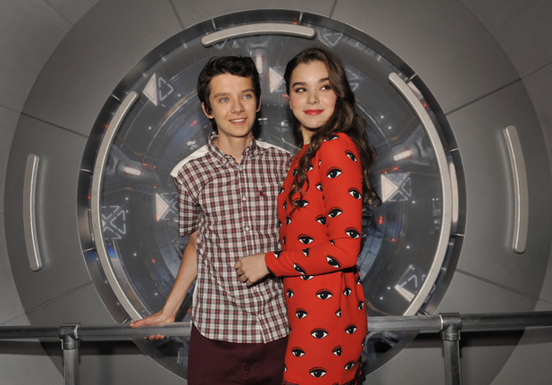Asa Butterfield and Hailee Steinfeld