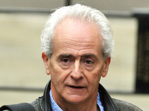 Nick Davies, journalist, Guardian journalist Nick Davies arrives at the High Court, to give evidence to the Leveson Inquiry in central London. Picture date: Tuesday November 29, 2011. The inquiry is looking into issues arising from the News International phone hacking scandal.