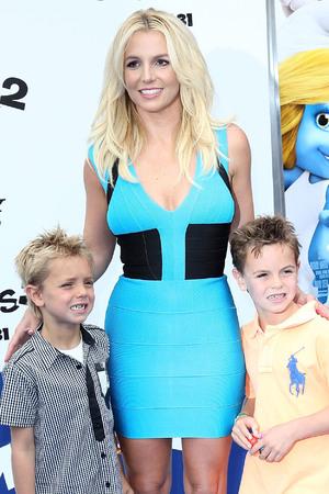Britney Spears takes her sons to the Smurfs 2 premiere.