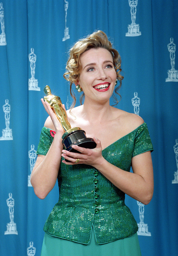 British actress Emma Thompson poses with her best actress Oscar for her performance in Howards End, 1993