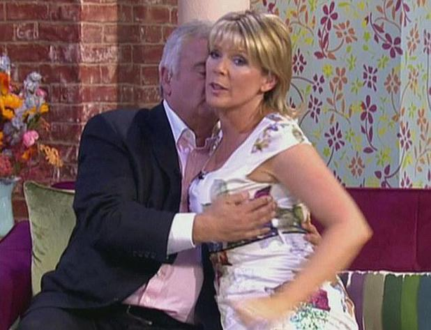 Eamonn Holmes and Ruth Langsford demonstrate PDA on 'This Morning'