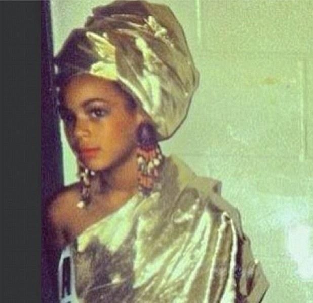 Beyoncé posts a childhood photo on Tumblr