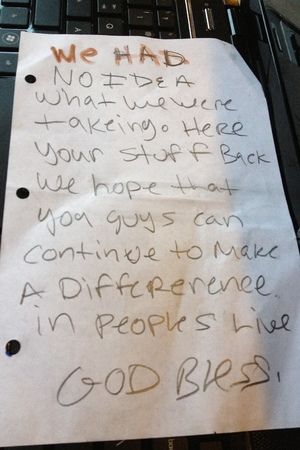 Thieves leave apologetic note