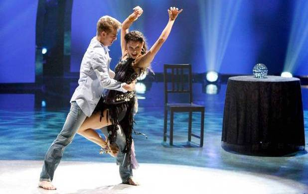 "Nico Greetham and Hayley Erbert perform a Broadway routine to ""Kiss Of The Spider Woman"" choreographed by Sean Cheesman on 'So You Think You Can Dance'"