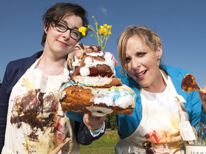 Great British Bake Off judges Sue Perkins & Mel Giedroyc