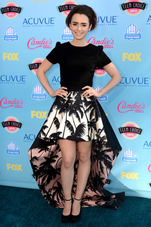 Lily Collins arriving at the Teen Choice Awards 2013