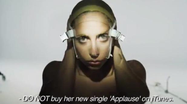 Lady GaGa, 'Lady Gaga is Over' promo videa, Artpop
