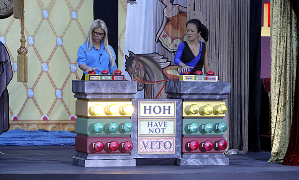 Big Brother USA: GinaMarie and Helen compete in the HOH competition