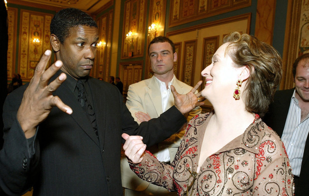 THE PARAMOUNT PICTURES SHOWEST DINNER AT THE PARIS HOTEL, LAS VEGAS, NEVADA, AMERICA - 24 MAR 2004 Denzel Washington, Liev Schreiber, Meryl Streep 24 Mar 2004