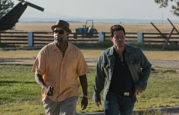 Mark Wahlberg and Denzel Washington in '2 Guns'
