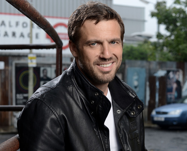 Jamie Lomas as Jake.