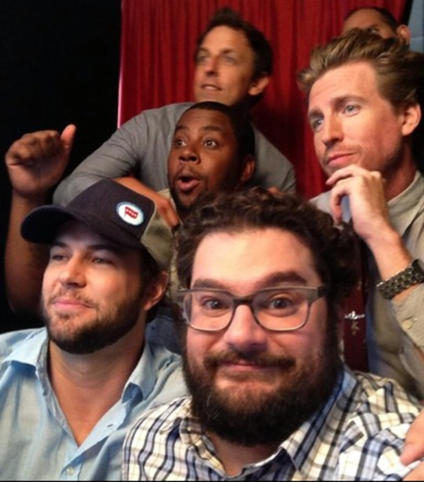 Bobby Moynihan poses with 'SNL' stars and Josh Meyers