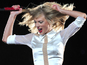 Swift ties LA Staples Centre sales record