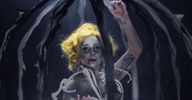 Lady Gaga 'Applause' music video still.