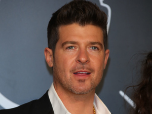 Robin Thicke at the MTV VMA Awards