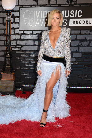 Rita Ora arrives at the MTV Video Music Awards 2013
