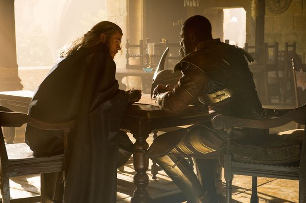 Chris Hemsworth, Idris Elba in Thor: The Dark World