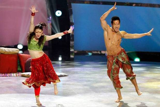 "Amy Yakima and all-star dancer Alex Wong perform a Bollywood routine to ""Munni Badnaam Hui Darling"" choreographed by Nakul dev Mahajan"