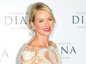 Naomi Watts attends the 'Diana' film premiere in Paris