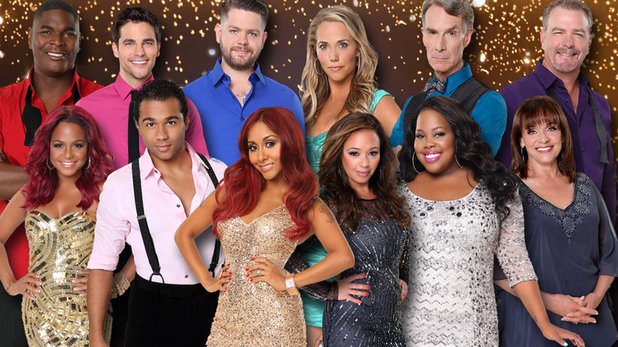 The fall 2013 cast of Dancing With The Stars