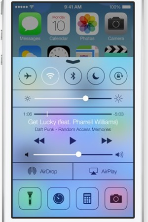 Apple iPhone iOS7 Control Centre