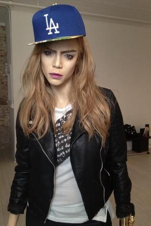 Tyra Banks prepares to impersonate Cara Delevingne