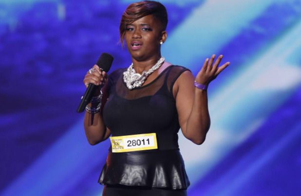 The X Factor USA S03E02: Jocelyn Hinton performs in front of the Judges