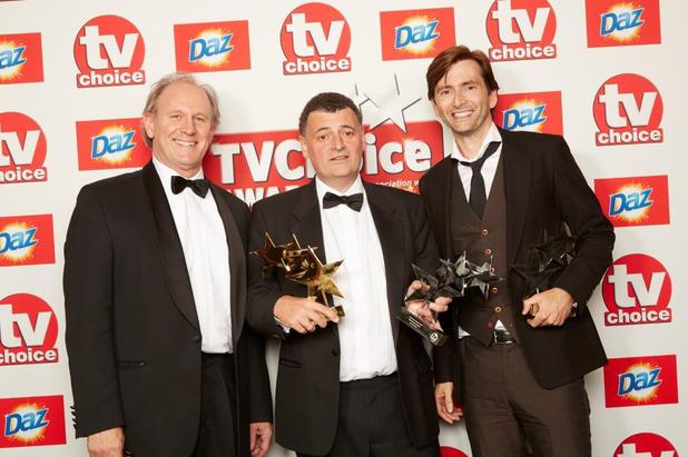 Steven Moffat accepts a TVChoice Award with Peter Davison and David Tennant.