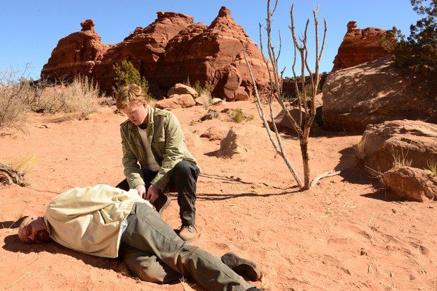 Walter White (Bryan Cranston) and Todd (Jesse Plemons)