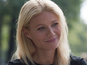 Digital Spy debuts the new poster for the Gwyneth Paltrow romantic comedy.