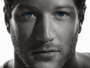 Matt Cardle 'Porcelain' album artwork.