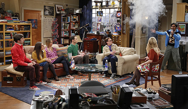 Simon Helberg, Mayim Bialik, Kaley Cuoco, Jim Parsons, Johnny Galecki, Melissa Rauch and Kunal Nayyar in The Big Bang Theory: 'The Scavenger Vortex'