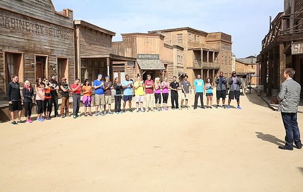 Teams begin the race at the Melody ranch durign the season premiere of 'The Amazing Race'