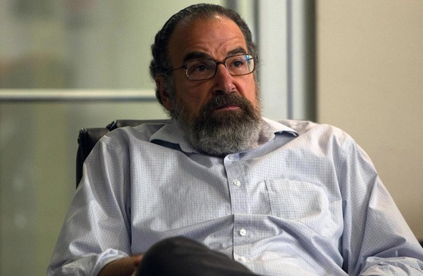 Mandy Patinkin in 'Homeland' Season 3 premiere 'Tin Man Is Down'
