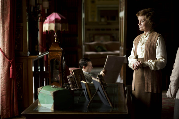 Joanna David as Duchess of Yeovil in 'Downton Abbey' episode 3