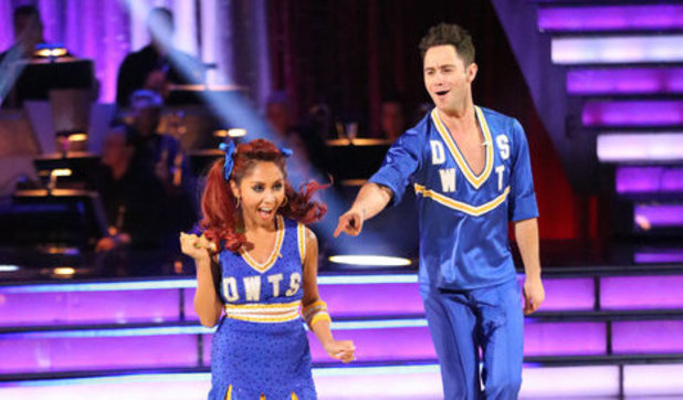 Dancing With The Stars (Fall 2013) episode 4: Nicole 'Snooki' Polizzi and Sasha Farber