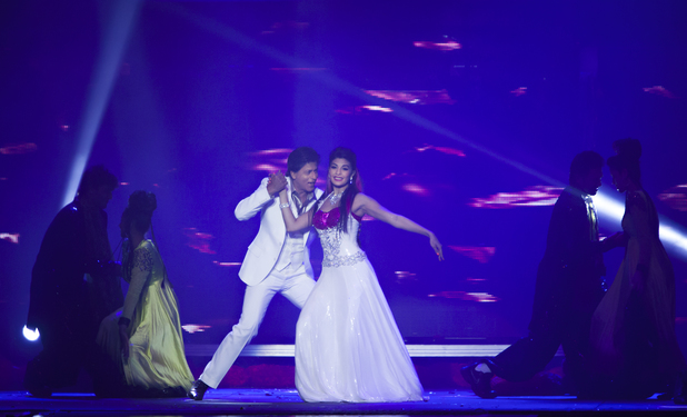 Shah Rukh Khan - Temptations Reloaded Show