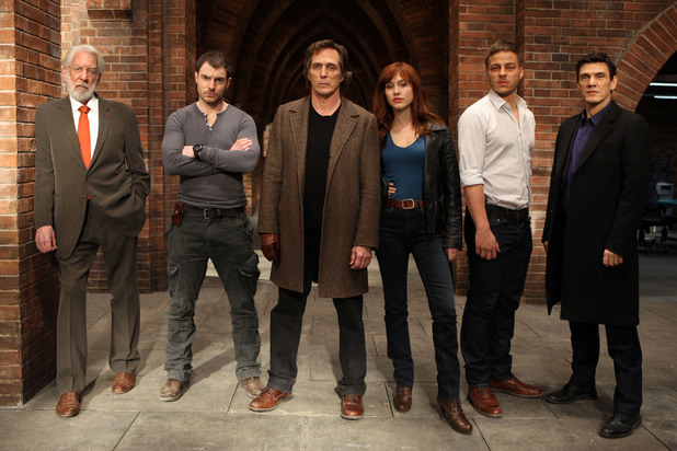 The cast of 'Crossing Lines'.